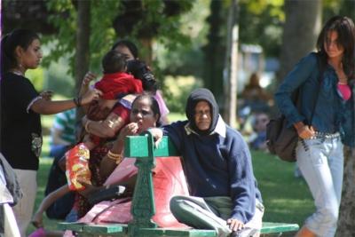 famiglia al parco (Copia)(1)